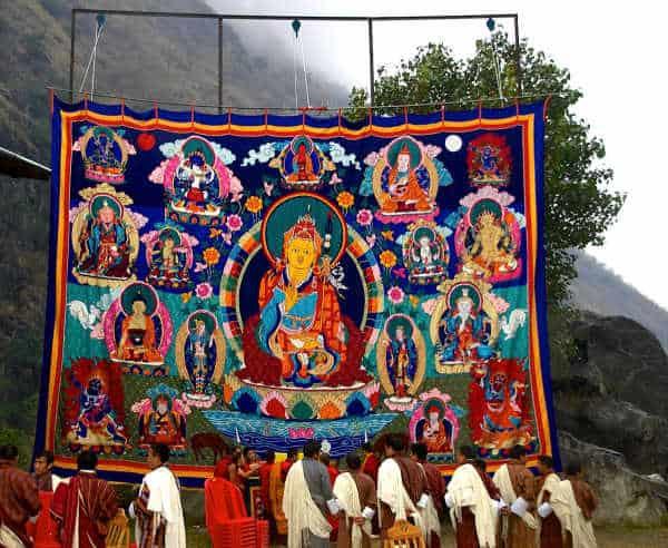 不丹策秋的大佛像